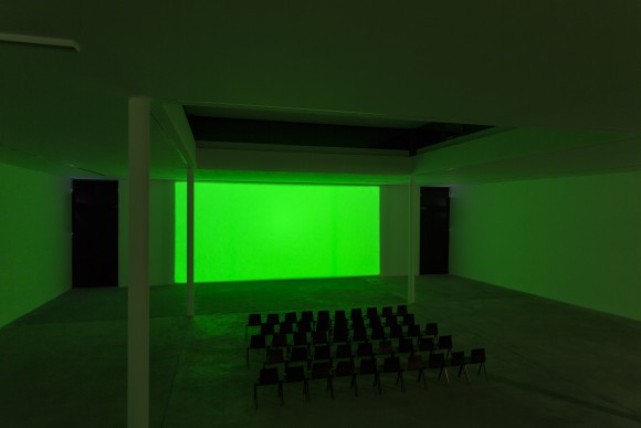 Margaret Honda, <i>Spectrum Reverse Spectrum</i>, 2014, Courtesy Grice Bench, Los Angeles, Installation view at KW Institute for Contemporary Art, 2017, Photo: Frank Sperling