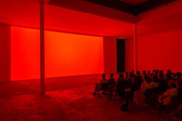 Margaret Honda, <i>Spectrum Reverse Spectrum</i>, 2014, Courtesy Grice Bench, Los Angeles, Installationsansicht KW Institute for Contemporary Art, 2017, Foto: Frank Sperling