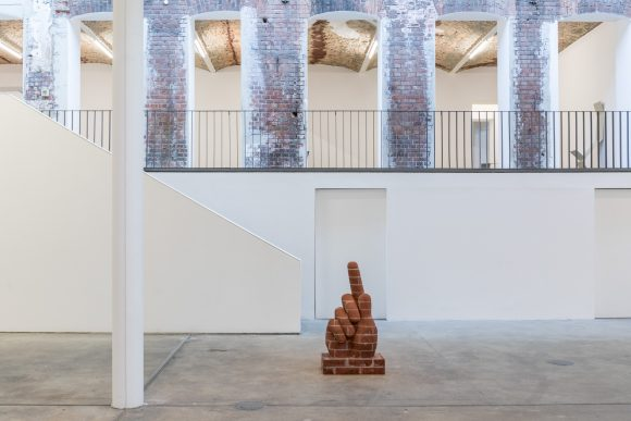 Judith Hopf, <i>Hand 1</i>, 2016, brick, cement, Courtesy the artist and kaufmann repetto, Milan, New York, installation view KW Institute for Contemporary Art, Photo: Frank Sperling