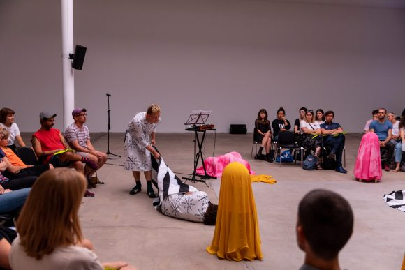 Every Ocean Hughes and Bryce Wilner, <i>Help the Dead</i>, KW Institute for Contemporary Art, Berlin 2019, Photo: Frank Sperling