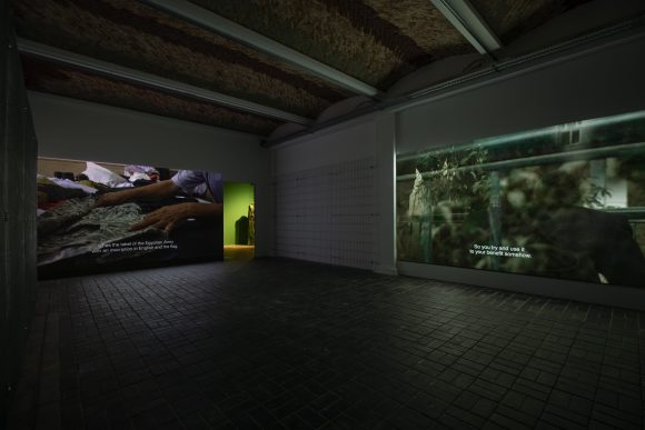 <p>Von links nach rechts: Jasmina Metwaly, <em>Anbar (Badrawi's atelier)</em>, 2019, <em>Untitled </em>(Detail), 2019–2020, und <em>Anbar (Assem's pictures)</em>, 2019, Installationsansicht der Ausstellung <em>Mophradat's Consortium Commissions: Jasmina Metwaly & Yazan Khalili</em> in den KW Institute for Contemporary Art, Berlin 2020, Courtesy die Künstlerin und Mophradat, Foto: Frank Sperling</p>