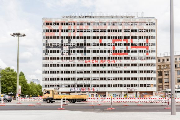 <p>ALLESANDERSPLATZ, Haus der Statistik, Berlin 2019, Foto:Victoria Tomaschko</p>