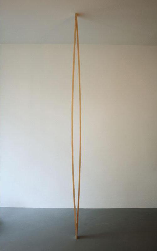 Albrecht Schäfer, Ohne Titel, 2008, 2 Dachlatten Größe variabel; Limitierte Edition von 12, Preis: 1.000 Euro