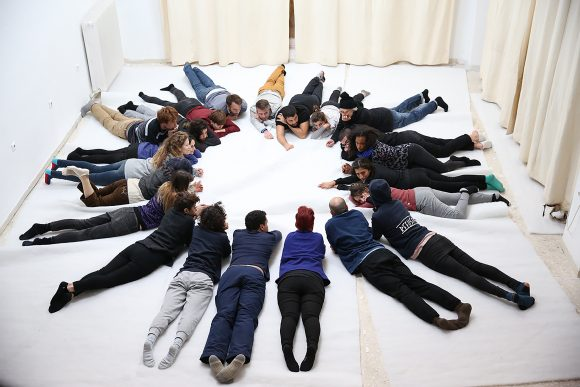 <p>Eliana Otta, <em>Rehearsing horizontalities</em>, 2017. Foto: Atanasio Gatos</p>