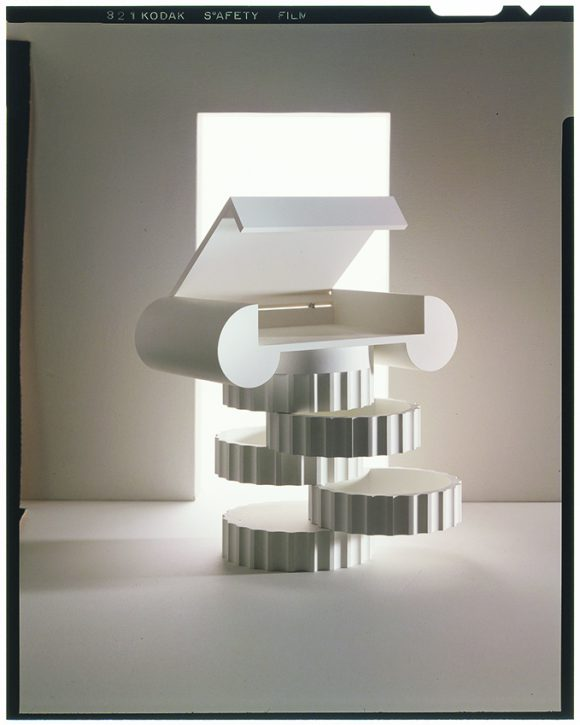 <p>Trix & Robert Haussmann, Ionic column stump, <em>Lehrstück V,</em> Function Follows Forms, 1978, Modell, Zabrowsky Modellbau, Dumeng Raffainer, photo: Fred Waldvogel, Courtesy Trix & Robert Haussmann</p>
