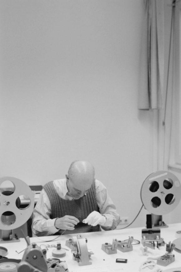 <p>Robert Beavers in his studio, Berlin,2015, photo:Jeff Weber</p>