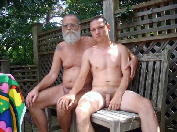 <p>Porträt AA Bronson und Elijah Burgher (v.l.n.r.), Foto: Elijah Burgher</p>