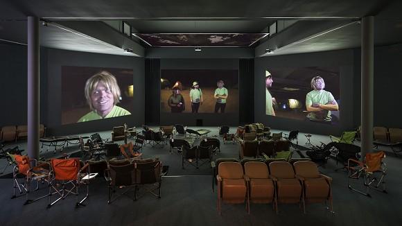 Lizzie Fitch/Ryan Trecartin, SITE VISIT, 2014, installation view, photo Timo Ohler