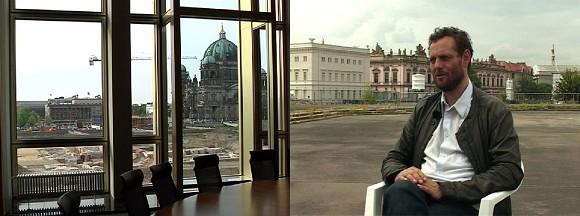 Ute Adamczewski, NEUE ORDNUNG, 2009/2013, 2-Kanal Videoinstallation, Mit: Olaf Nicolai, Dauer: 28 min., Courtesy Ute Adamczewski<br>