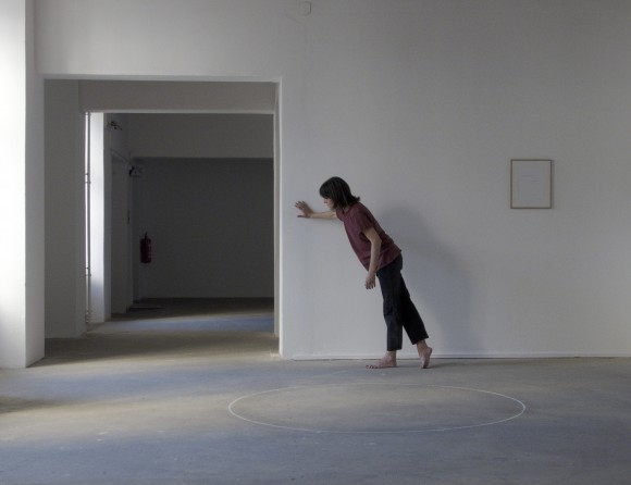 "<div class=""""> <div class=""""><i class="""">Body Alive with Signals,</i>Paul Elliman und Elena Giannotti,2017</div> </div>"