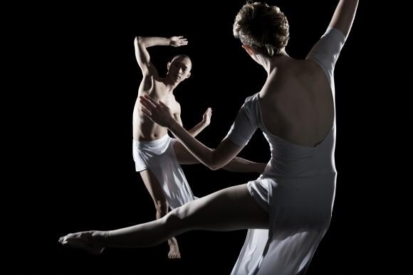 <p>Trisha Brown Dance Company, <em>You can see us</em>, 1995; Foto © Julieta Cervantes, 2010.</p>